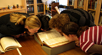 book-sniffing-at-Bowdoin-College